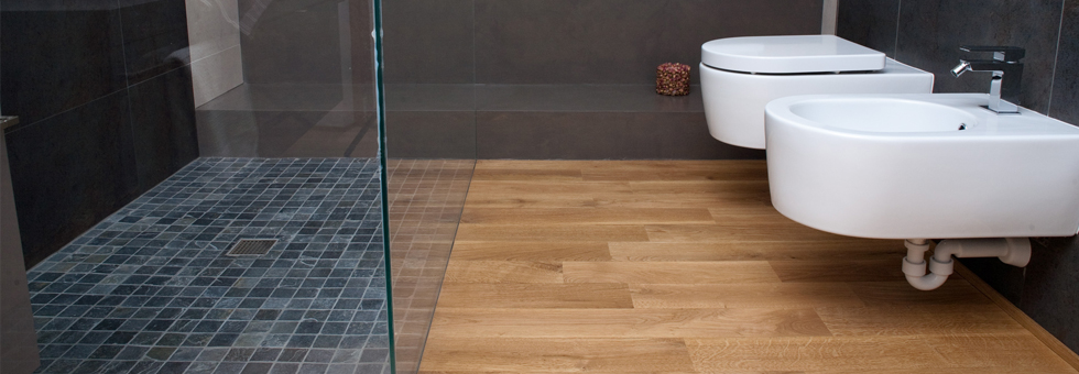 Parquet waterproof terminali antivento per stufe a pellet for Pavimento legno per bagno