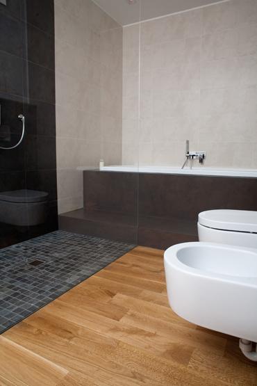 Parquet bagno parquet in bagno prezzi offerte parquet - Parquet in bagno e cucina ...